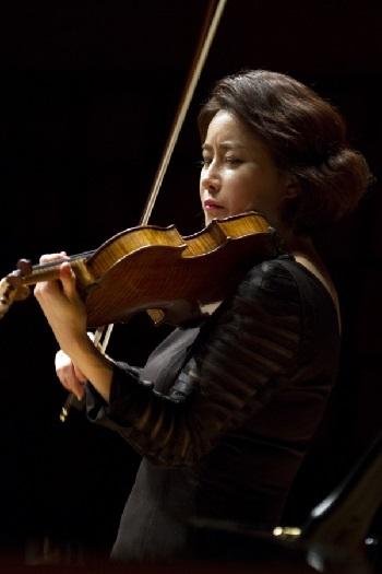 김지은 바이올리니스트.jpg