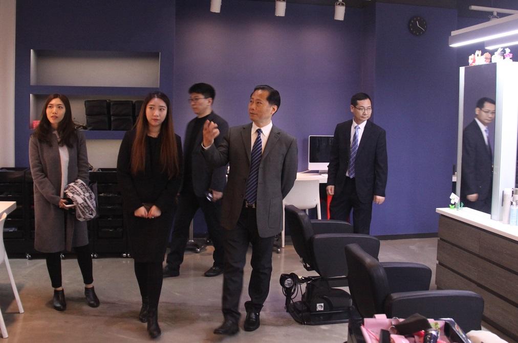 기업집단_미용실.JPG